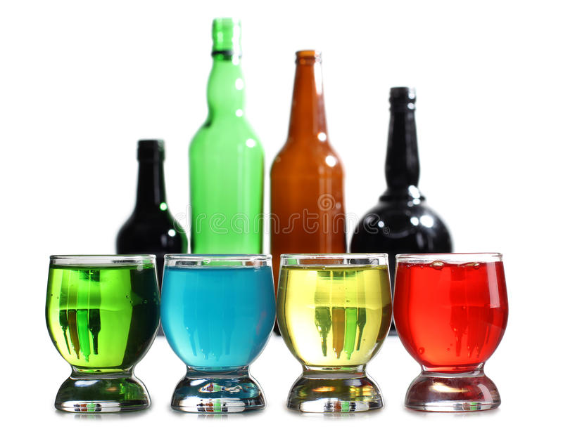 De koppen en de fles van de cocktail royalty-vrije stock foto