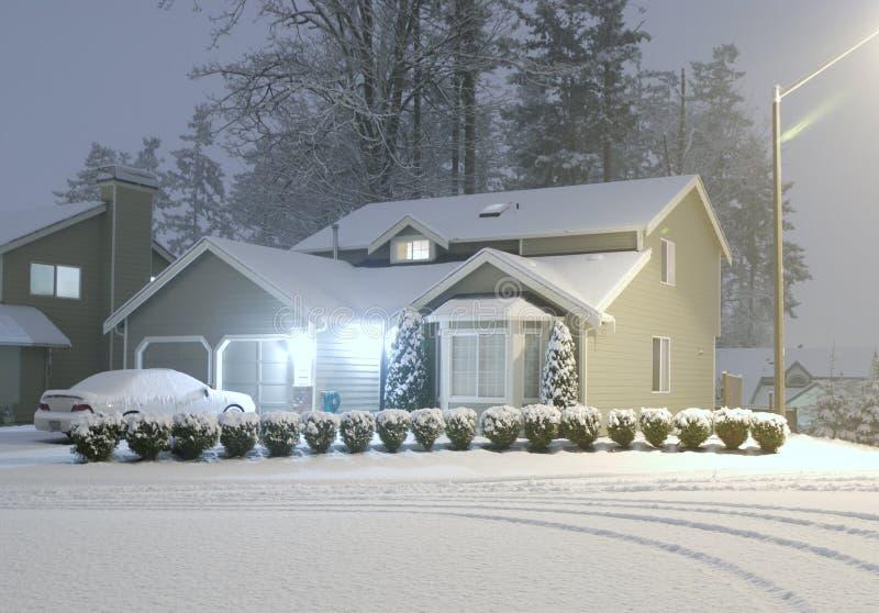 De koude Nacht van de Winter stock foto