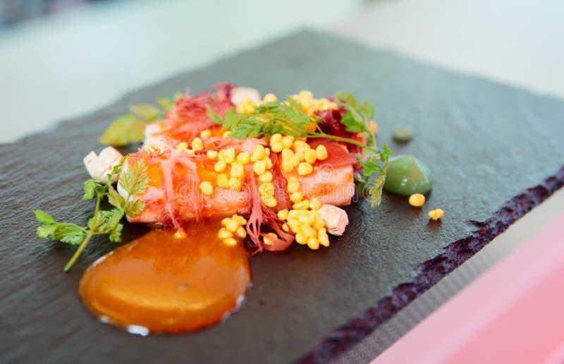 De krab van de Spaanse peper die op moderne manier wordt gekookt stock afbeelding