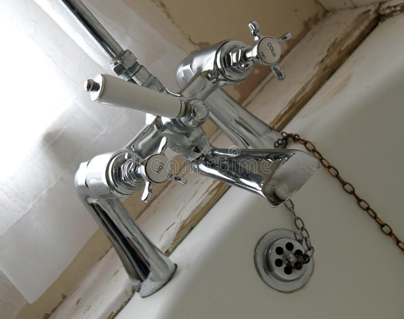 De Kranen van de badkamers stock foto