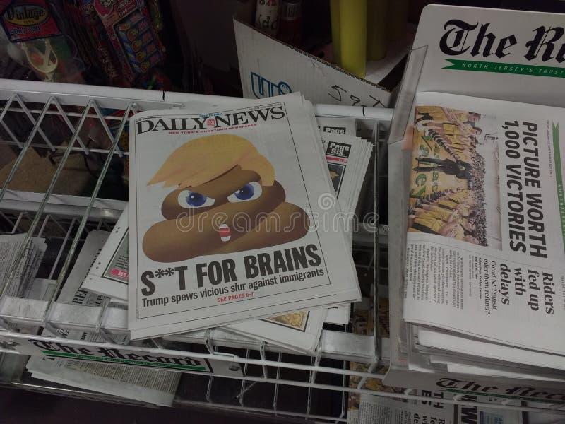 De Krantekop van de troefkrant, Smet tegen Immigranten royalty-vrije stock foto's