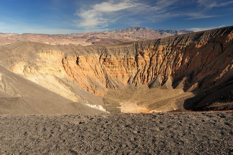 De Krater van Ubehebe stock afbeeldingen