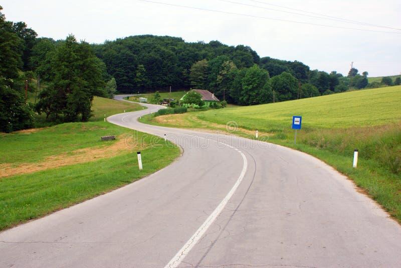 De krommen van de weg stock afbeelding