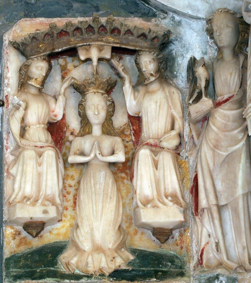 De Kroning van Heilige Maagdelijke Mary stock afbeeldingen