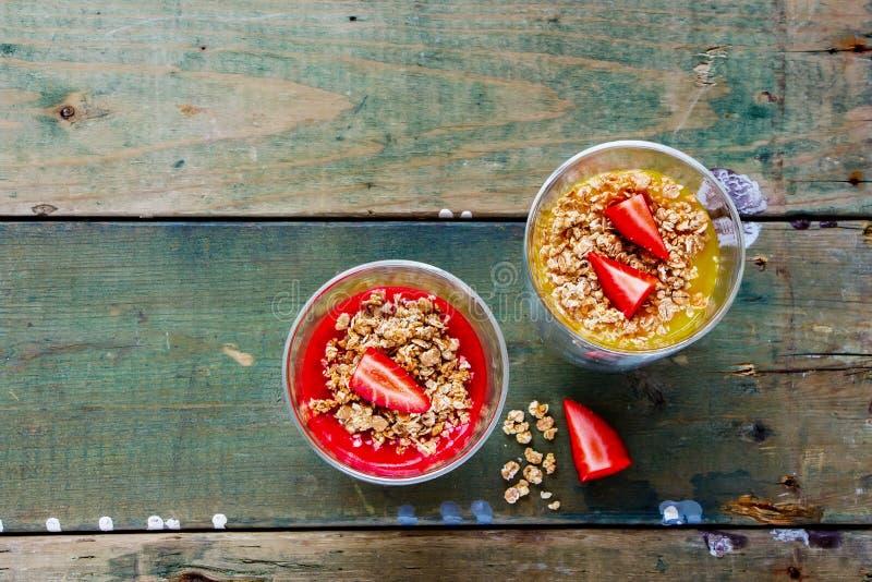 De kruiken van het veganistontbijt stock foto's