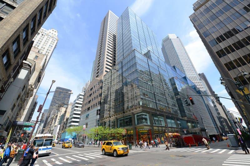 De Kruising en de Wolkenkrabbers van Manhattan stock foto