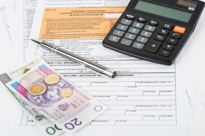 De kuil van de belastingsverklaring royalty-vrije stock afbeelding