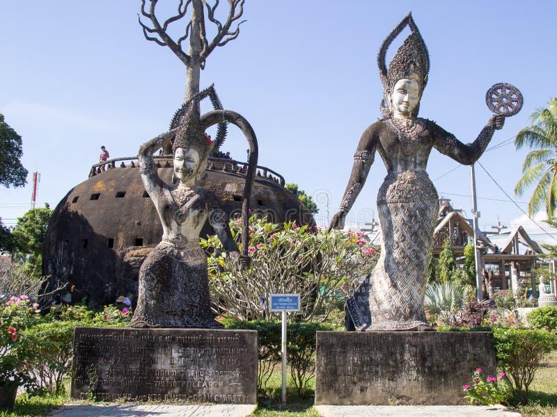 De Kunst van Boeddhisme Overvloed van de standbeelden van Boedha in het Park van Boedha, Vientiane Laos PDR royalty-vrije stock afbeelding