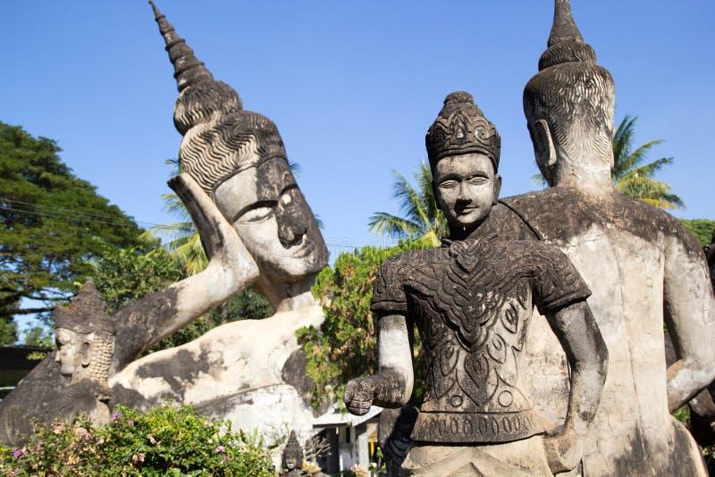 De Kunst van Boeddhisme Overvloed van de standbeelden van Boedha in het Park van Boedha, Vientiane Laos PDR stock foto