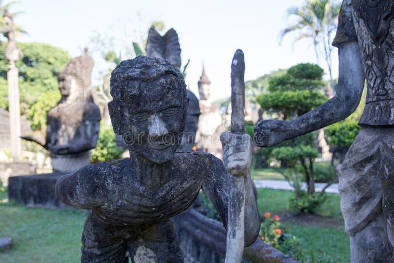 De Kunst van Boeddhisme Overvloed van de standbeelden van Boedha in het Park van Boedha, Vientiane Laos PDR stock fotografie