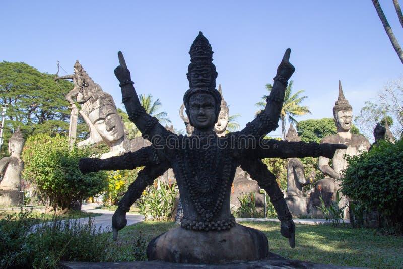 De Kunst van Boeddhisme Overvloed van de standbeelden van Boedha in het Park van Boedha, Vientiane Laos PDR royalty-vrije stock foto's