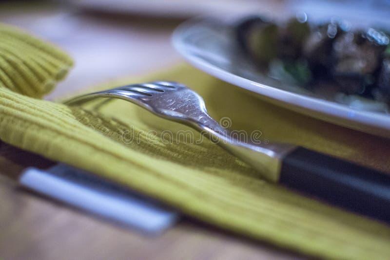 De kunst van het eten in etiquette stock foto's