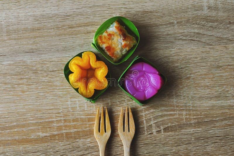 De kunst van Thaise desserts is doorgegeven door de generaties Thaise sweets, heeft unieke, kleurrijke verschijning en distinc royalty-vrije stock foto's