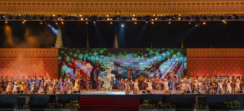 De kunsten Thaise klassieke dans van Khonprestaties royalty-vrije stock fotografie