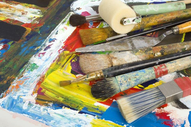 De kunstenaar legt stock afbeeldingen
