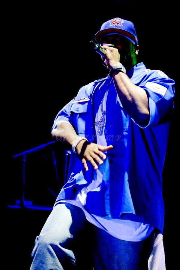 De kunstenaars 50 Cent van rapporteur presteert bij Roman Arena's royalty-vrije stock afbeelding