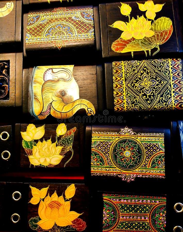 De kunstolifanten tonen op festival royalty-vrije stock afbeelding