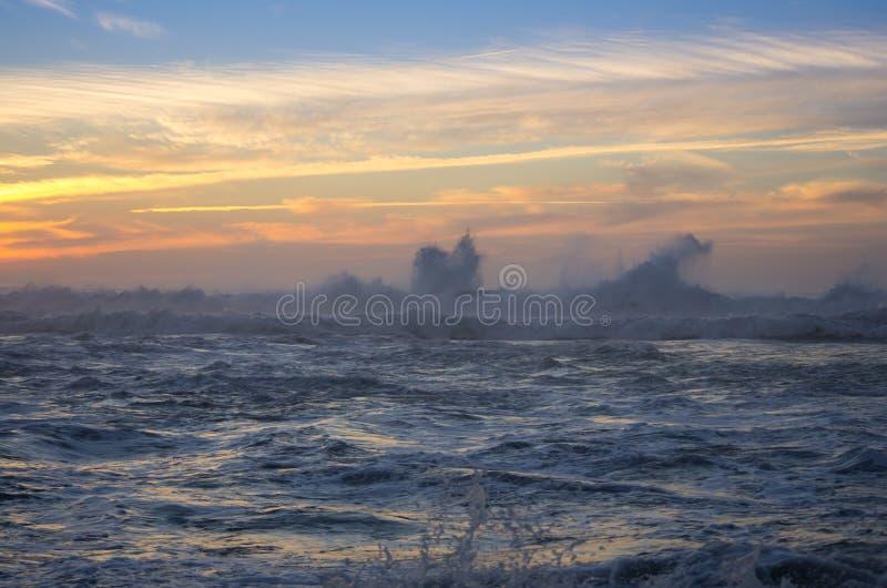 De kust van de Atlantische Oceaan stock fotografie