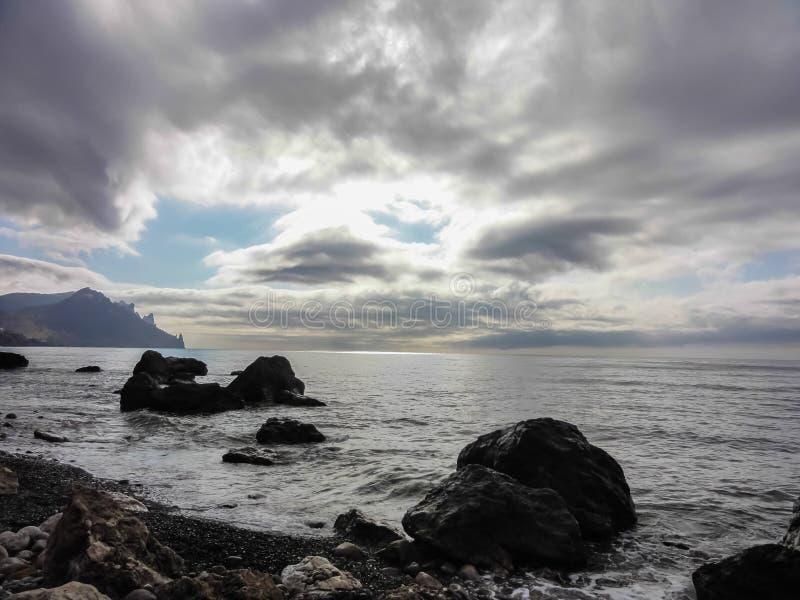 De kust van de Zwarte Zee in de Krim stock foto's