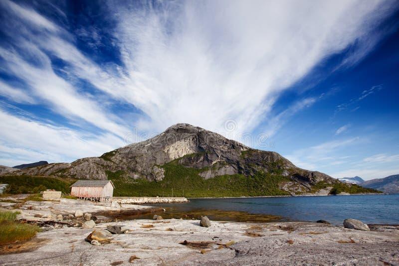De Kust van Noorwegen van de berg stock foto