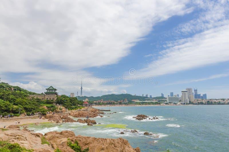 De kust van Qingdao, China stock afbeeldingen