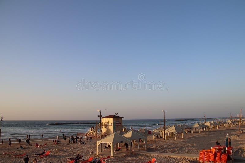 Download De kust van Tel Aviv stock foto. Afbeelding bestaande uit globaal - 107702568