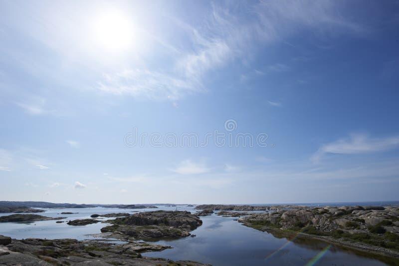 De kust van westelijk Zweden stock afbeeldingen