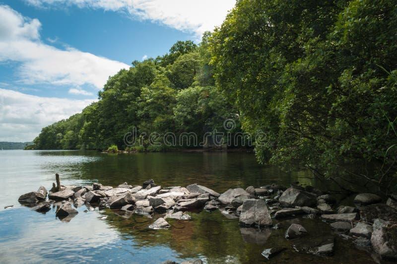 De Kust Windermere Cumbria van het meerdistrict stock fotografie