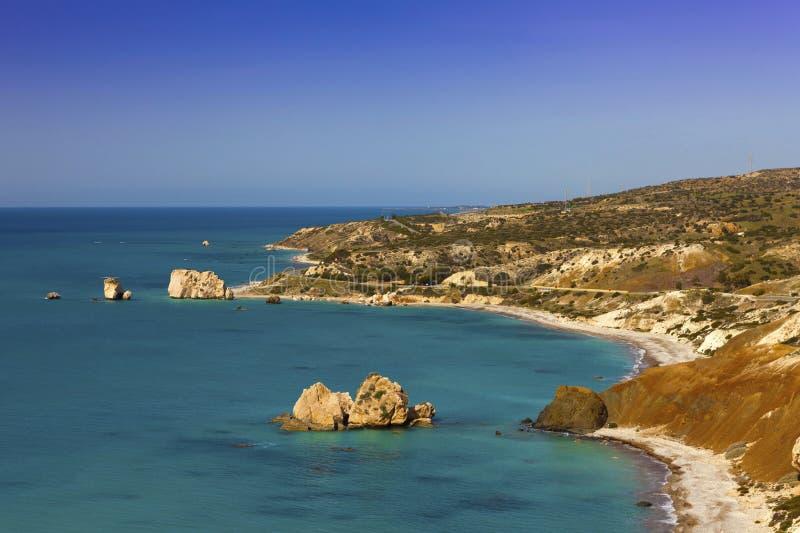De kustlijn van Cyprus bij Petra tou Romiou. stock fotografie