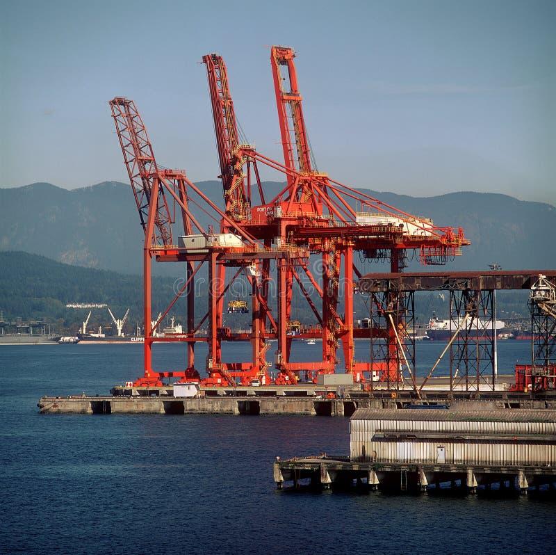 De ladingskranen van de haven royalty-vrije stock afbeelding