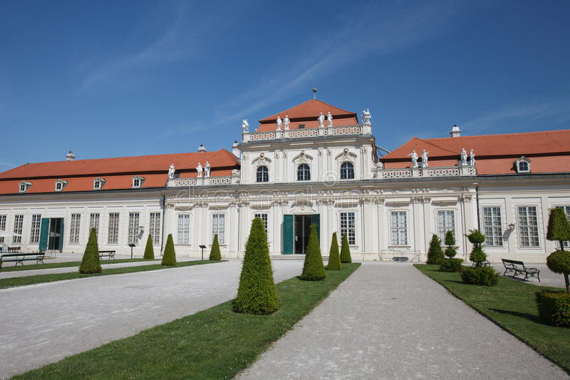 De lagere Belvedere Paleisbouw werd voltooid in jaar 1716 I royalty-vrije stock fotografie