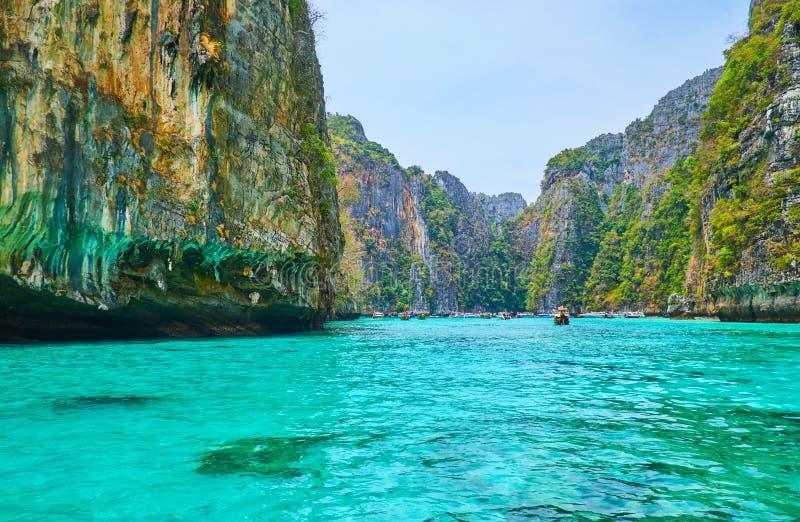 De lagune van de Pilehbaai, Phi Phi Leh Island, Krabi, Thailand stock afbeeldingen