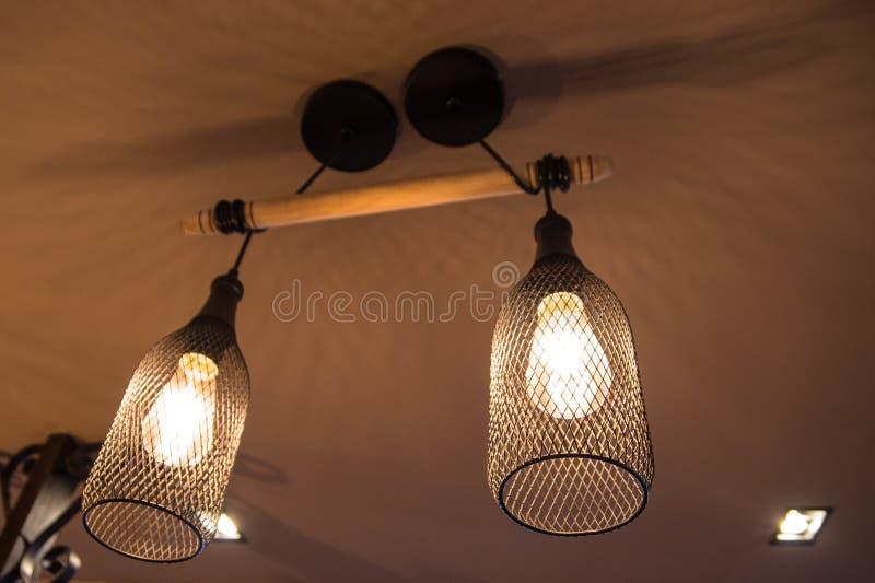 De lamp in het dineren royalty-vrije stock afbeelding
