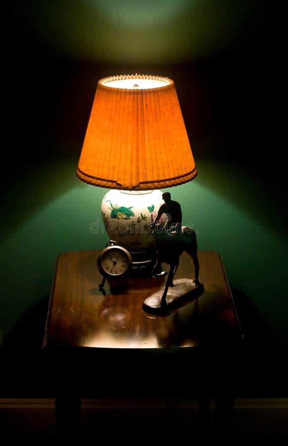 De tribune van de bedlamp royalty-vrije stock afbeeldingen