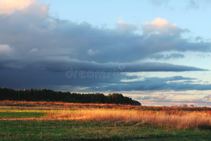 De landschappen van de herfst stock foto's