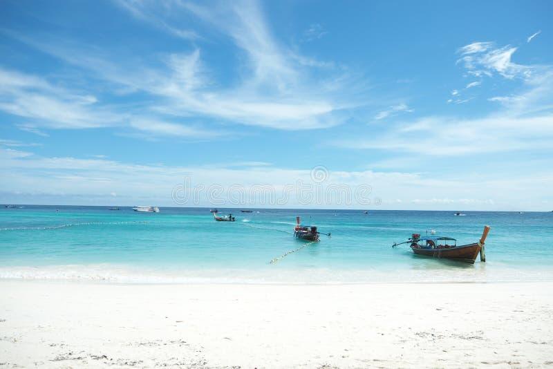 De lang-staartboot of Boot in Koh Lipe Beach royalty-vrije stock foto