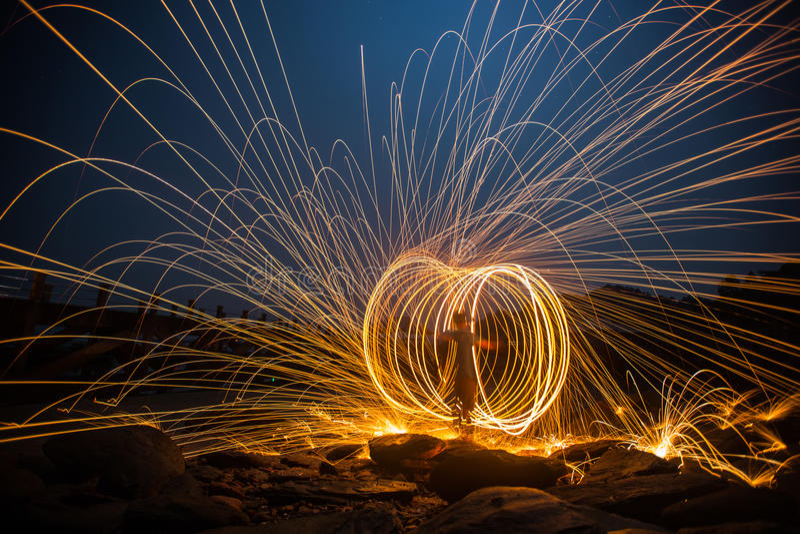 De lange blootstelling van staalwol begint van licht royalty-vrije stock fotografie