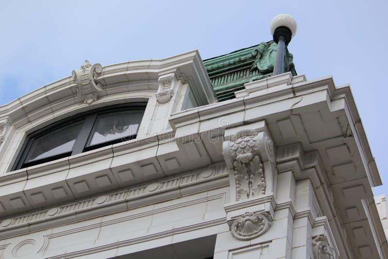 De lange historische bouw in Chicago van de binnenstad stock fotografie