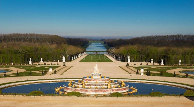 De Latona-Fontein in de Tuin van Versailles in Frankrijk stock foto's