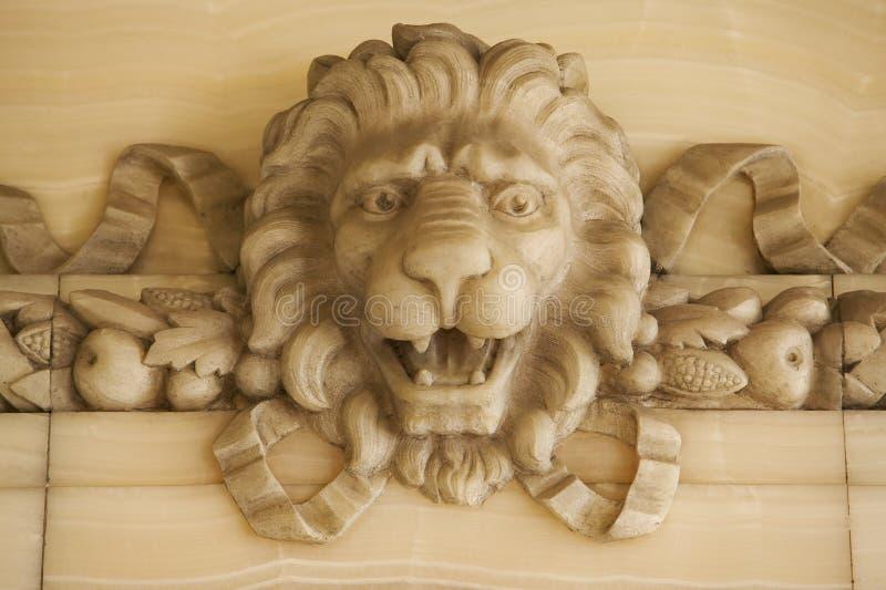 Download De Leeuw van de steen stock afbeelding. Afbeelding bestaande uit hoofd - 28169