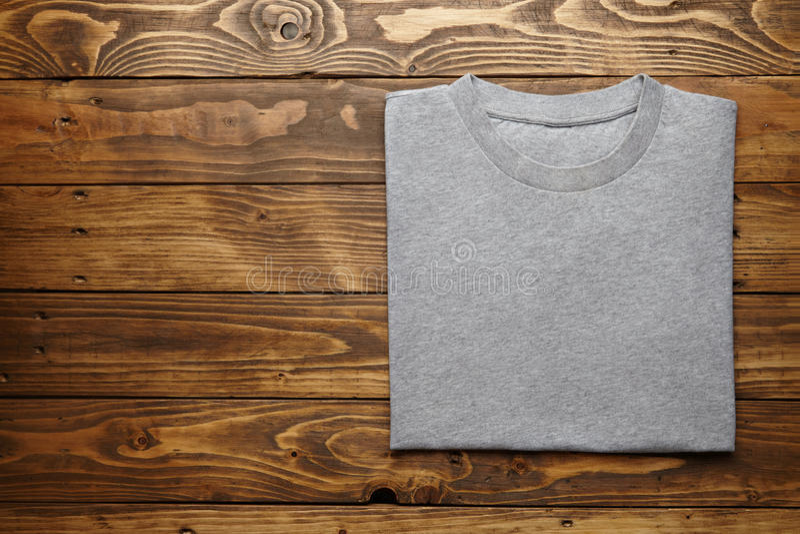De lege grijze reeks van het t-shirtmodel royalty-vrije stock fotografie