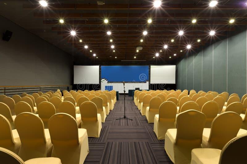 De lege Zaal van de Conferentie royalty-vrije stock afbeeldingen
