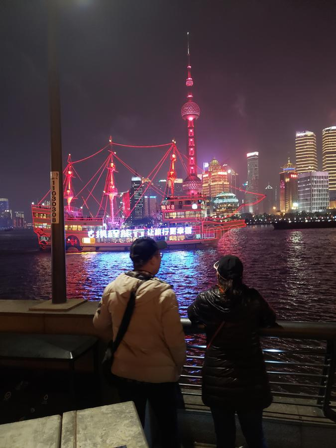 De lente festable Shanghai op de rivier stock foto's
