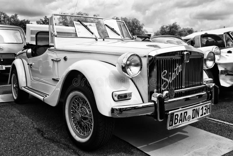 De Lente 850 (zwart-witte) Spin van autofiat Siata stock foto's