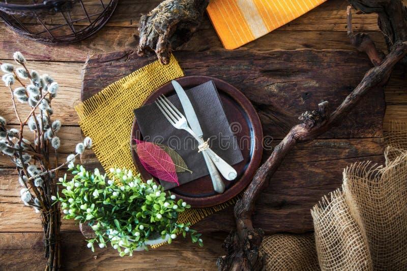 De lentelijst het plaatsen Bestek op hout royalty-vrije stock foto