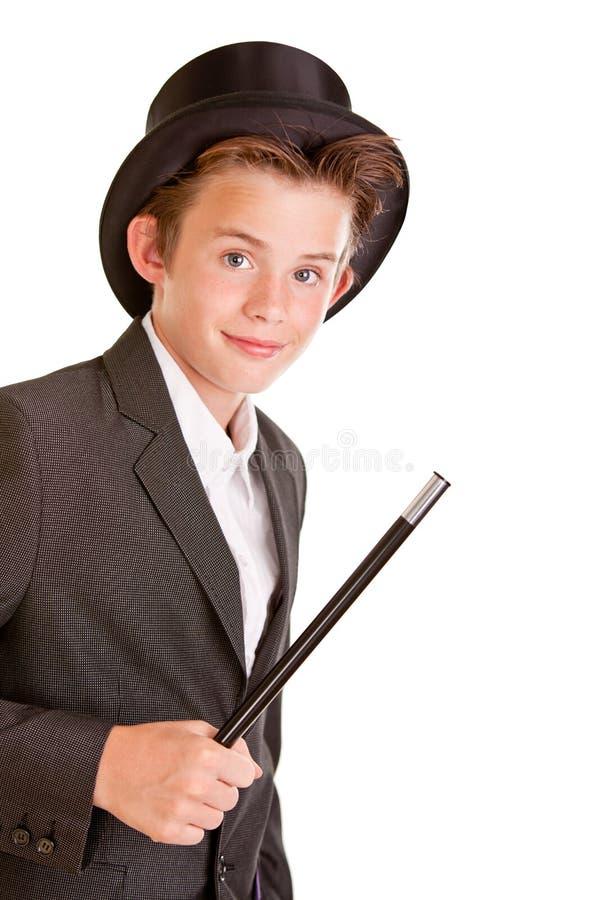 De leuke jonge jongen kleedde zich als tovenaar stock afbeeldingen
