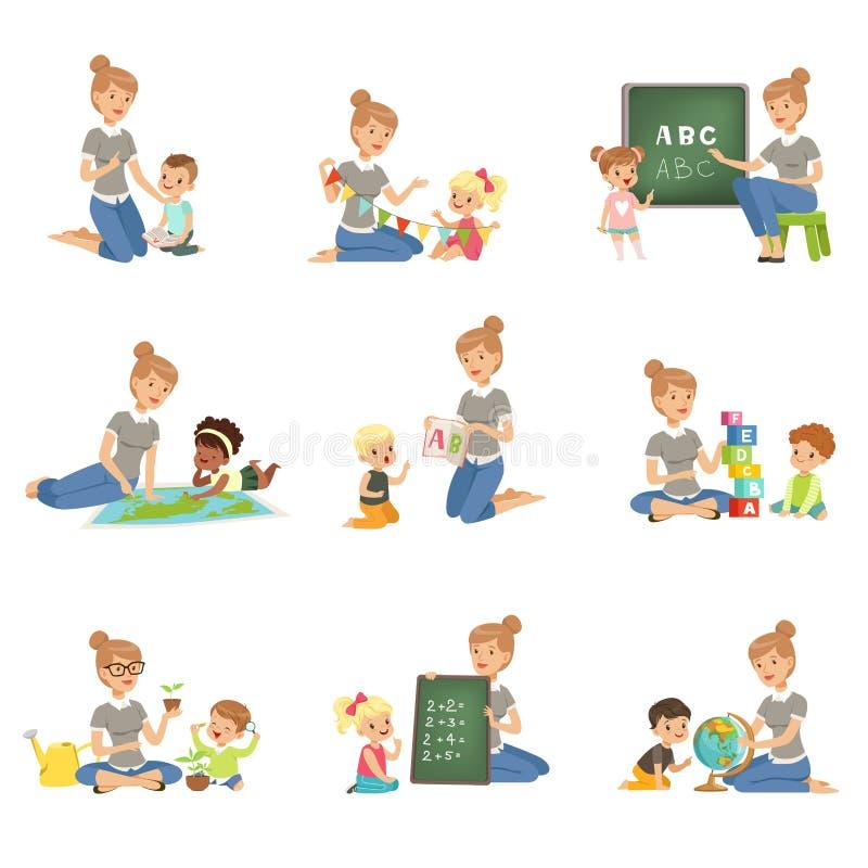 De leuke kleine jongens en meisjes die en reeks, kinderen spelen de bestuderen bestuderen binnen het alfabet, aardrijkskunde, bio stock illustratie