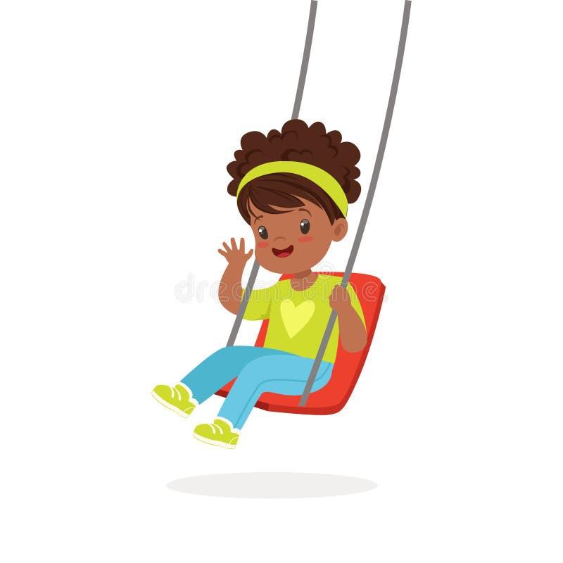 De leuke meisje speelschommeling, jong geitje heeft een pret op een vectorillustratie van het speelplaatsbeeldverhaal vector illustratie