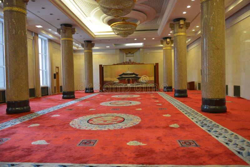 De Liaoning-Zaal in de Grote zaal van de mensen in Peking, China stock afbeeldingen