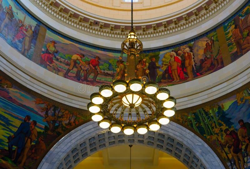 De lichten in de rotonde van het Capitool van de Staat van Utah royalty-vrije stock afbeeldingen